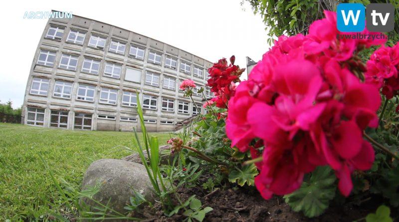 Szkoły w Wałbrzychu nadal zamknięte